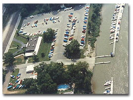 Aerial view of Cincinnati Marina Mariner's Landing